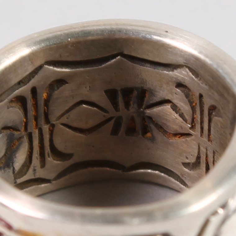 INDIAN JEWELRY (インディアンジュエリー)  INLAY RING / RAY ADAKAI [11号]