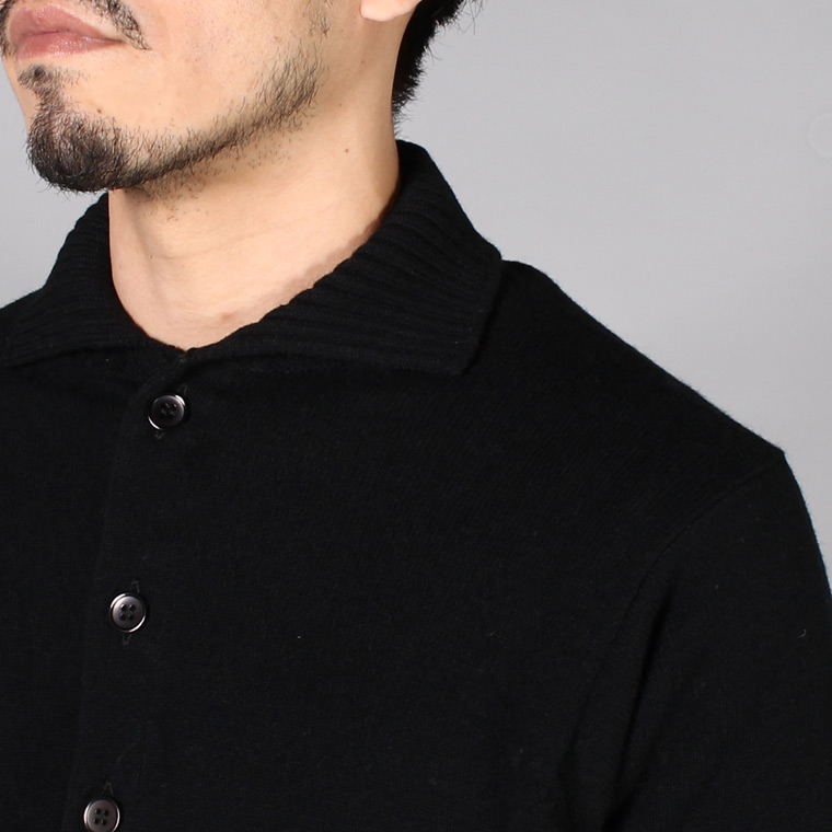 WILLIAM LOCKIE (ウィリアム ロッキー)  LAMBSWOOL 8BUTTON CARDIGAN - BLACK