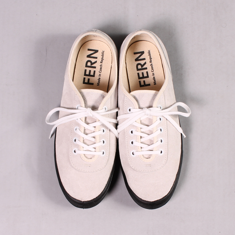 FERN (ファーン)  LACE MODEL - SUEDE WHITE/BLACK SOLE