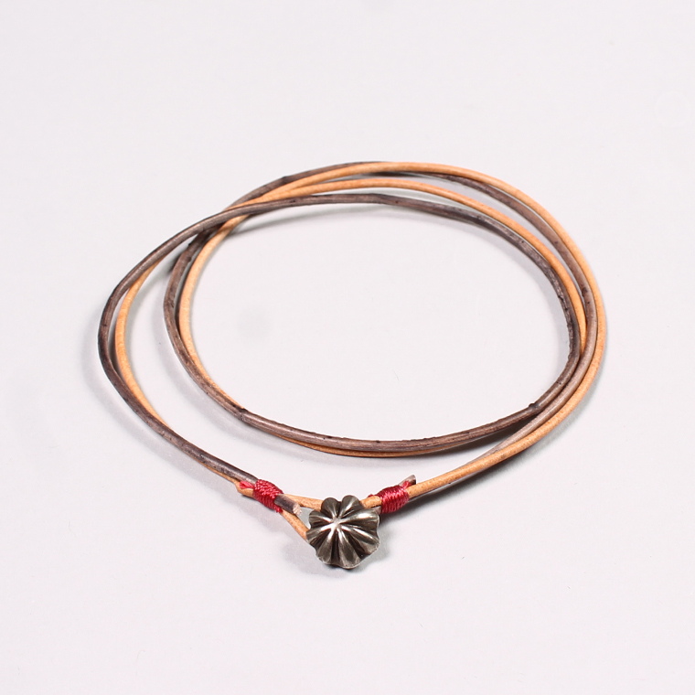 BUTTON WORKS (ボタンワークス)  CONCHO LEATHER ANKLET - 24BRASS / NATURAL GREY