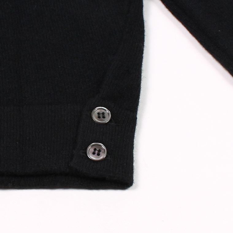 WILLIAM LOCKIE (ウィリアム ロッキー)  LAMBSWOOL CARDIGAN W/SIDE BUTTON - BLACK
